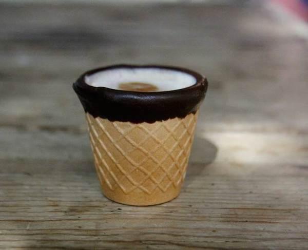 Фото - Производство съедобных стаканчиков для кофе