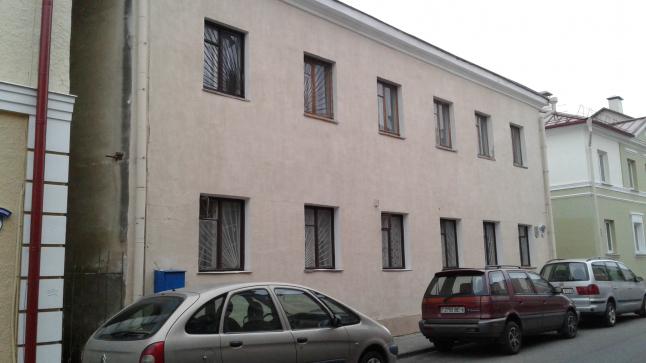 реконструкция 2-х этажного здания под хостел;