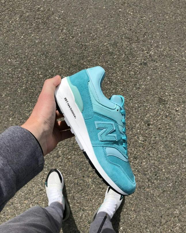 Фото - Магазин брендовых кроссовок