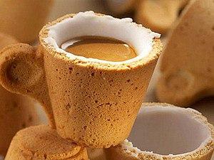 Фото - Открытие кафе. Главный продукт - кофе в вафельном стаканчике