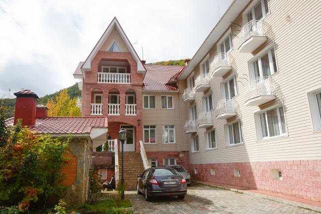 Фото - Продажа Отеля в Сочи, в горнолыжном курорте Красной Поляны