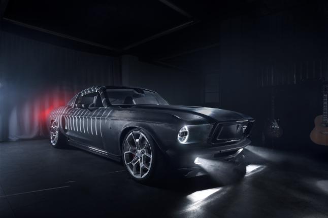 Фото - AVIAR R67 – электромобиль с классическим дизайном.